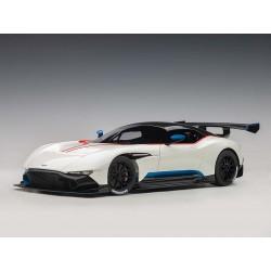 Aston Martin Vulcan 2015...