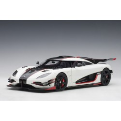 Koenigsegg One : 1 (pebble...